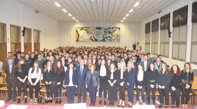 Gli studenti e il dirigente scolastico: un rapporto speciale